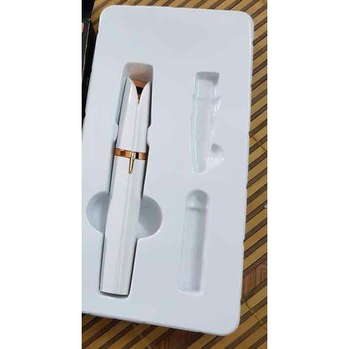 Máy Tỉa Lông Mày Flawless bằng pin siêu tiện lợi