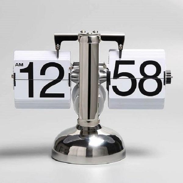 Đồng hồ lât để bàn