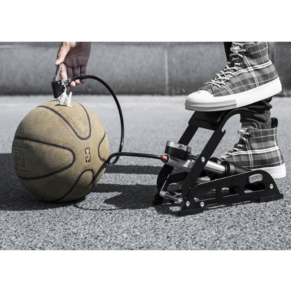 Bơm đạp chân xe đạp, xe máy 2 xylanh RB01 có đồng hồ đo áp suất lốp ( Giao màu ngẫu nhiên )