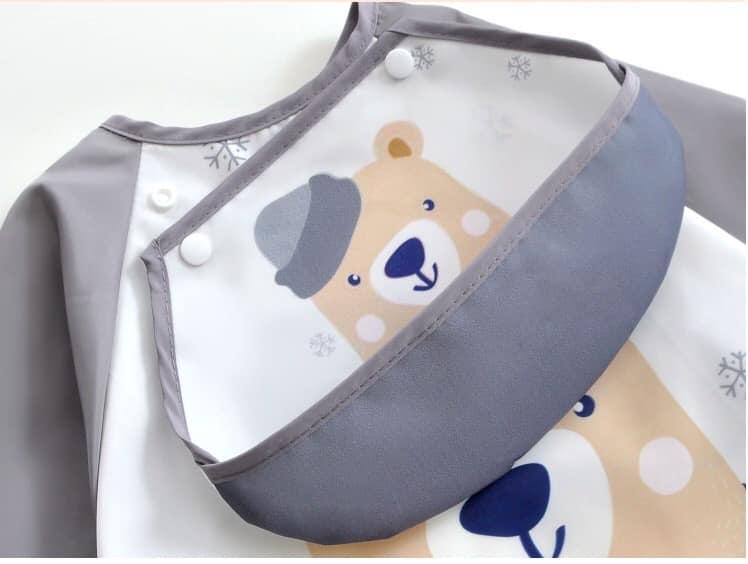 áo yếm chống thấm có tay và máng ăn có thể tháo rời