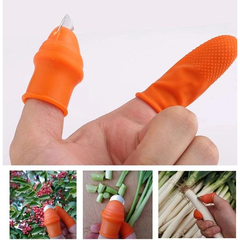 Móng Tay/ Găng Tay Nhặt Rau, Hái Rau Củ Siêu Tiện Lợi ( 1 móng bấm ngón cái và 4 bao tay xỏ 4 ngón còn lại)