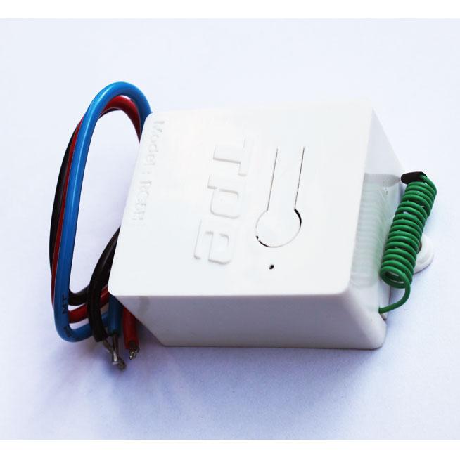 Bộ công tắc điều khiển từ xa TPE RC5H-220V, 800W + 2 Remote RM04, 315Mhz, Sx tại VN