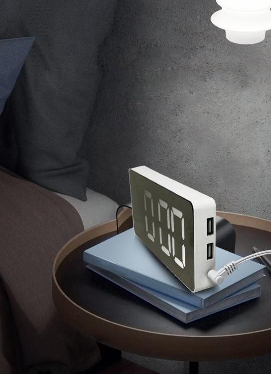 Đồng hồ led để bàn