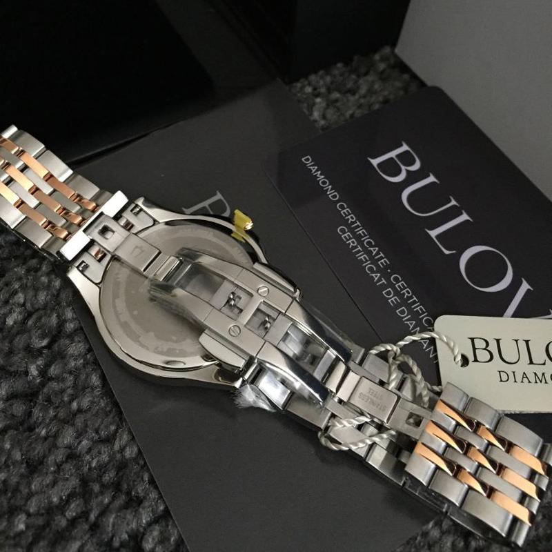 Đồng Hồ Nữ Dây Kim Loại BULOVA 98S162 (36mm) - Bạc Viền Vàng Hồng
