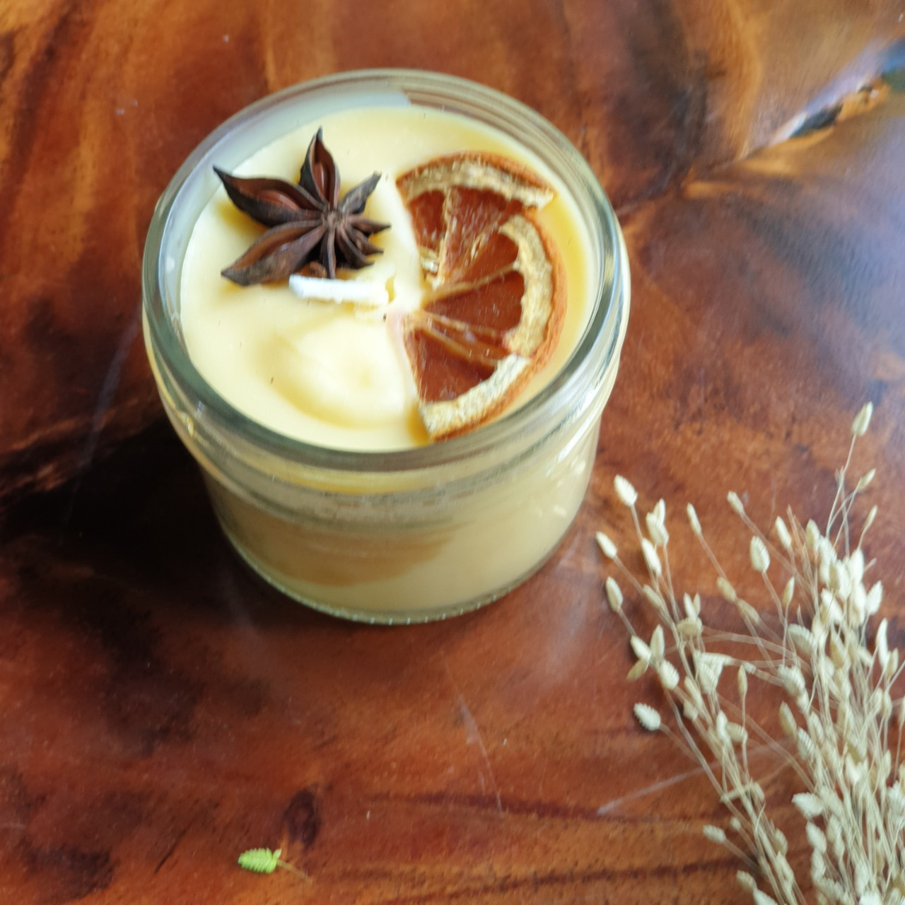 Nến thơm tinh dầu Quýt (cam) 100g - giúp thư giãn, thơm phòng khử mùi, giảm stress với thành phần hoàn toàn tự nhiên