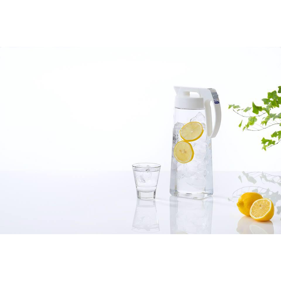 Bình đựng nước nắp khóa chặt Lustroware 2.1L