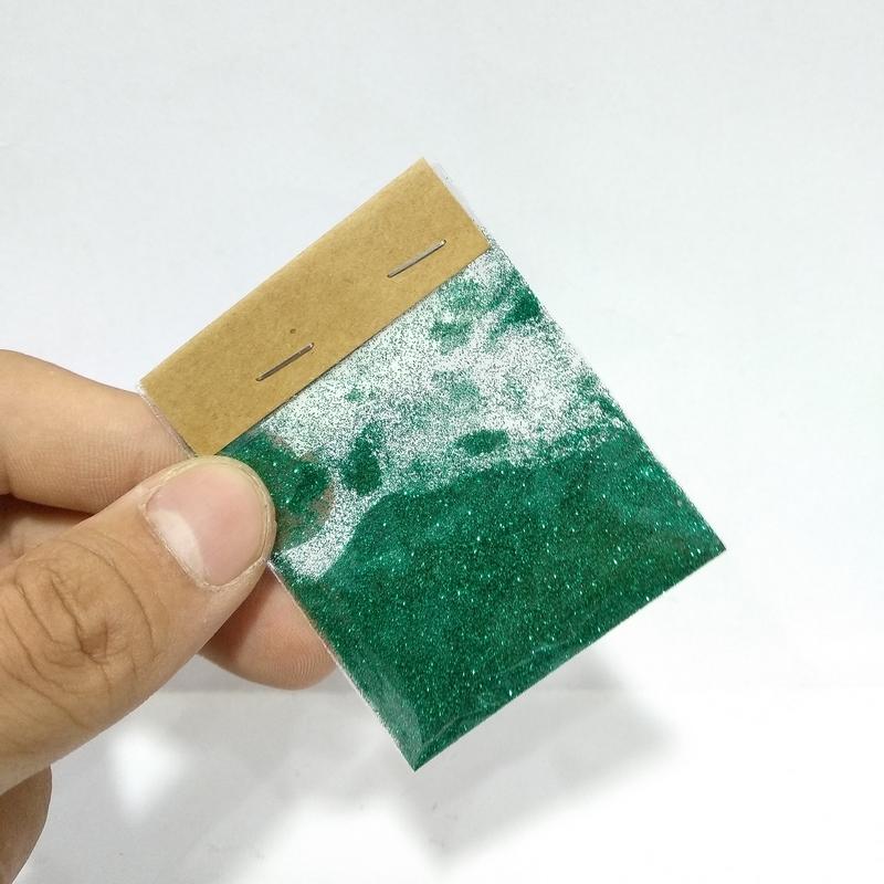 Kim Tuyến - Màu Xanh Lá Nhiều Sắc Độ