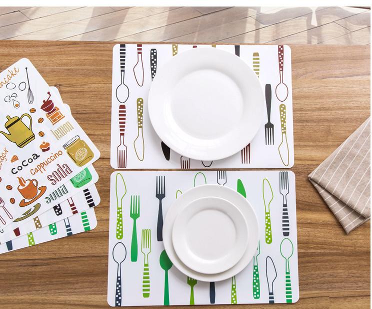 Miếng lót bàn ăn (giao màu ngẫu nhiên )