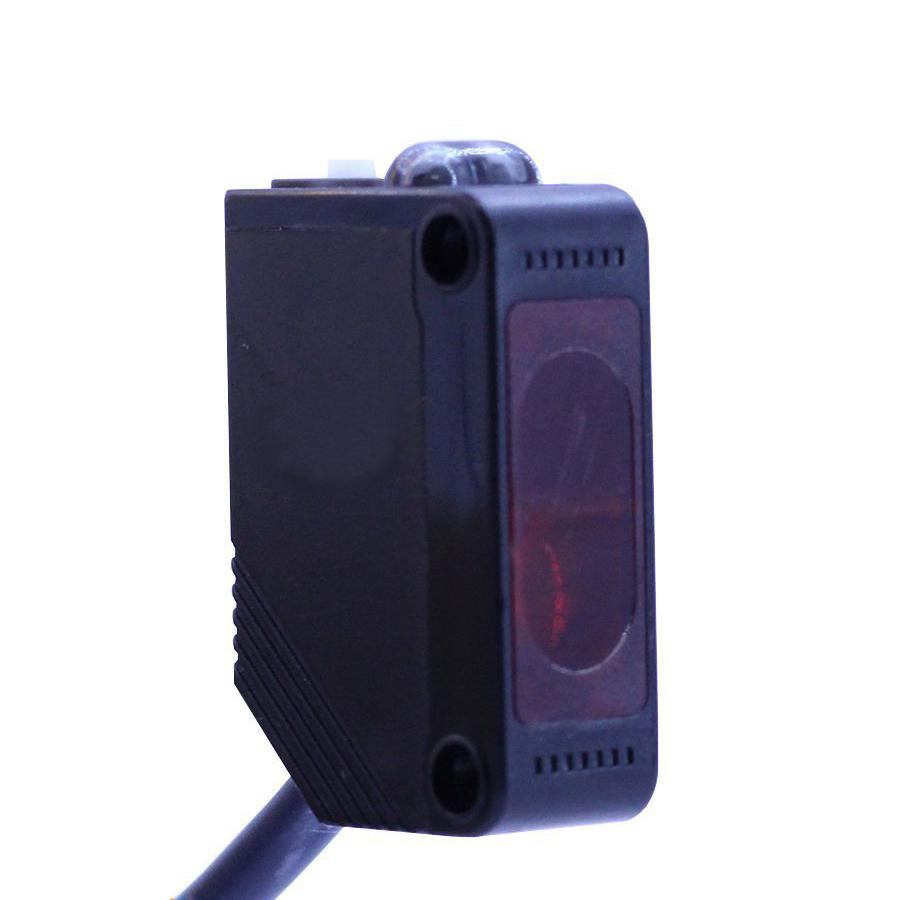 Cảm Biến Quang E3Z-D81 12-24VDC NPN