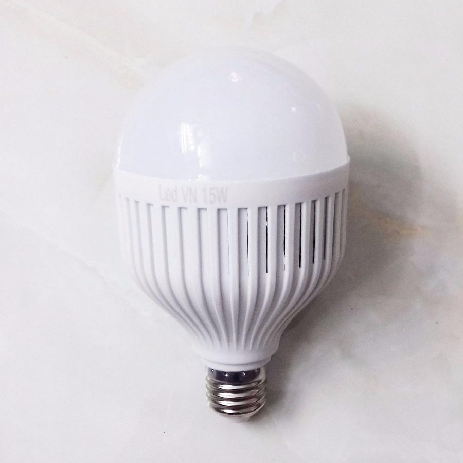 Bóng đèn Led cảm ứng tích điện 15W có chui sạc