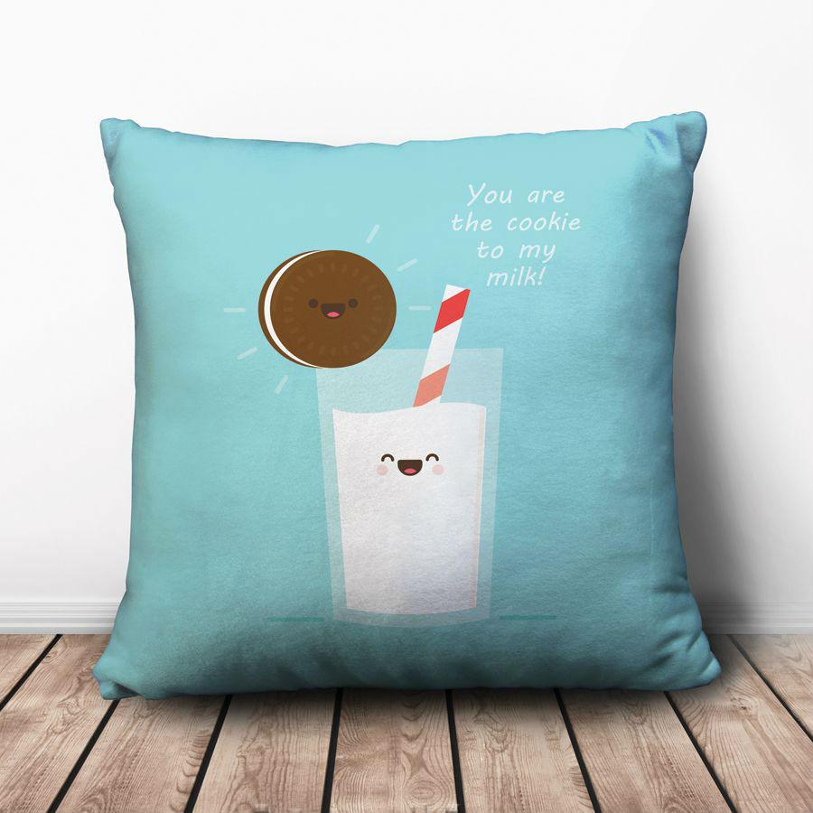 Gối Ôm Vuông Cặp Đôi Cookie Và Sữa GVFO063 (36 x 36 cm)
