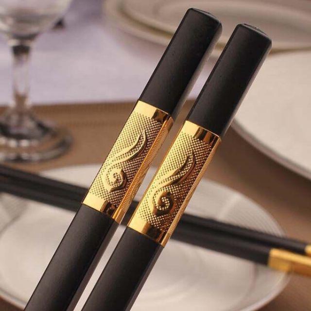 Hộp 10 đôi đũa ăn hợp kim mạ vàng Hàn Quốc