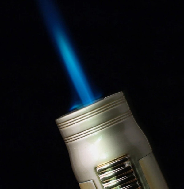 Bật lửa BCZ-520-1 lửa khò 1 tia mạnh mẽ