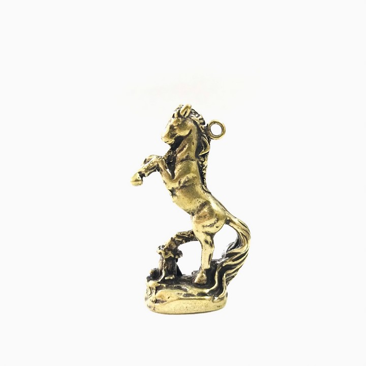 Móc Khóa Tượng Đồng Con Ngựa dùng để làm móc khóa, trưng trên bàn, làm quà tặng lưu niệm, kích thước 2.5 x 1.5 x 4.6, màu đồng - TMT Collection - SP005219
