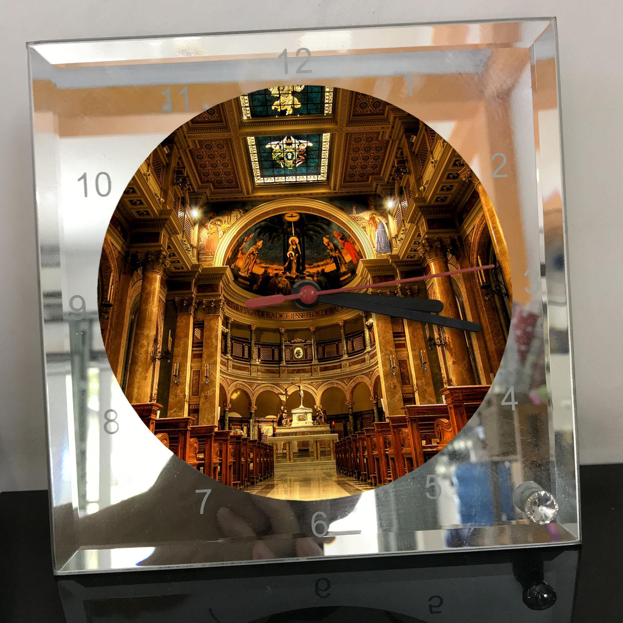 Đồng hồ thủy tinh vuông 20x20 in hình Church - nhà thờ (188) . Đồng hồ thủy tinh để bàn trang trí đẹp chủ đề tôn giáo