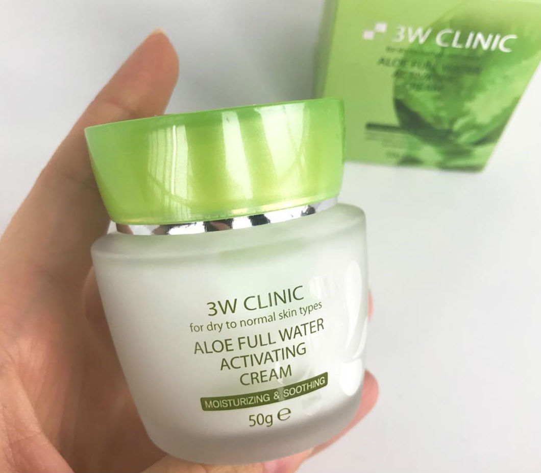 Kem Dưỡng Da Mặt 3W CLINIC ALOE FULL WATER ACTIVATING CREAM