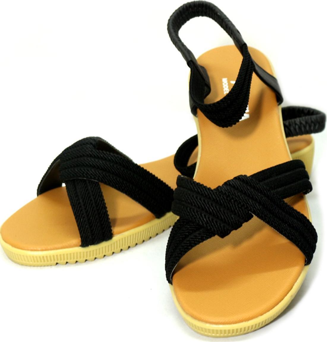 Giày sandal nữ phong cách quai chéo