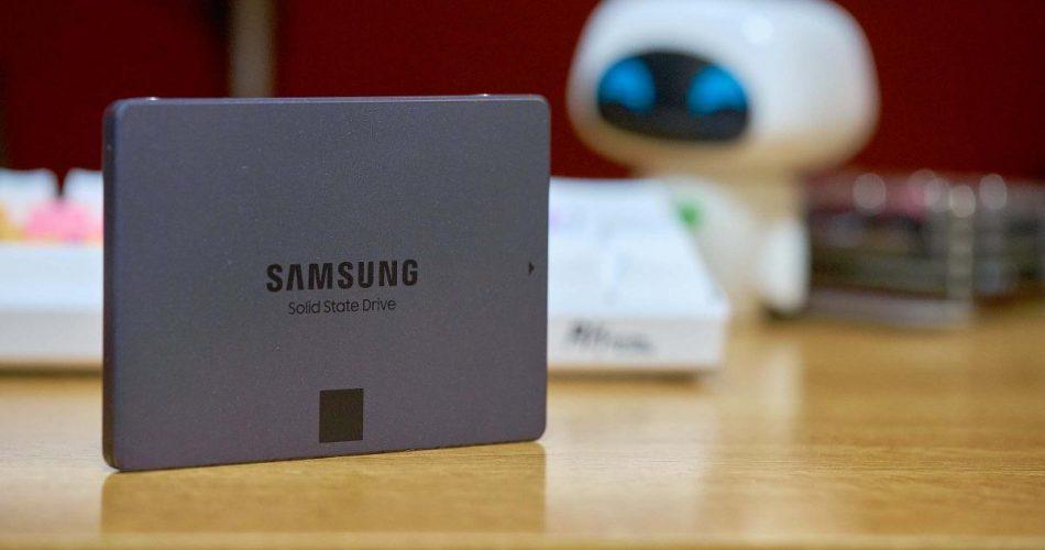 Ổ Cứng gắn trong SSD Samsung 870 QVO 2.5 inch SATA III - Hàng Nhập Khẩu - 2TB