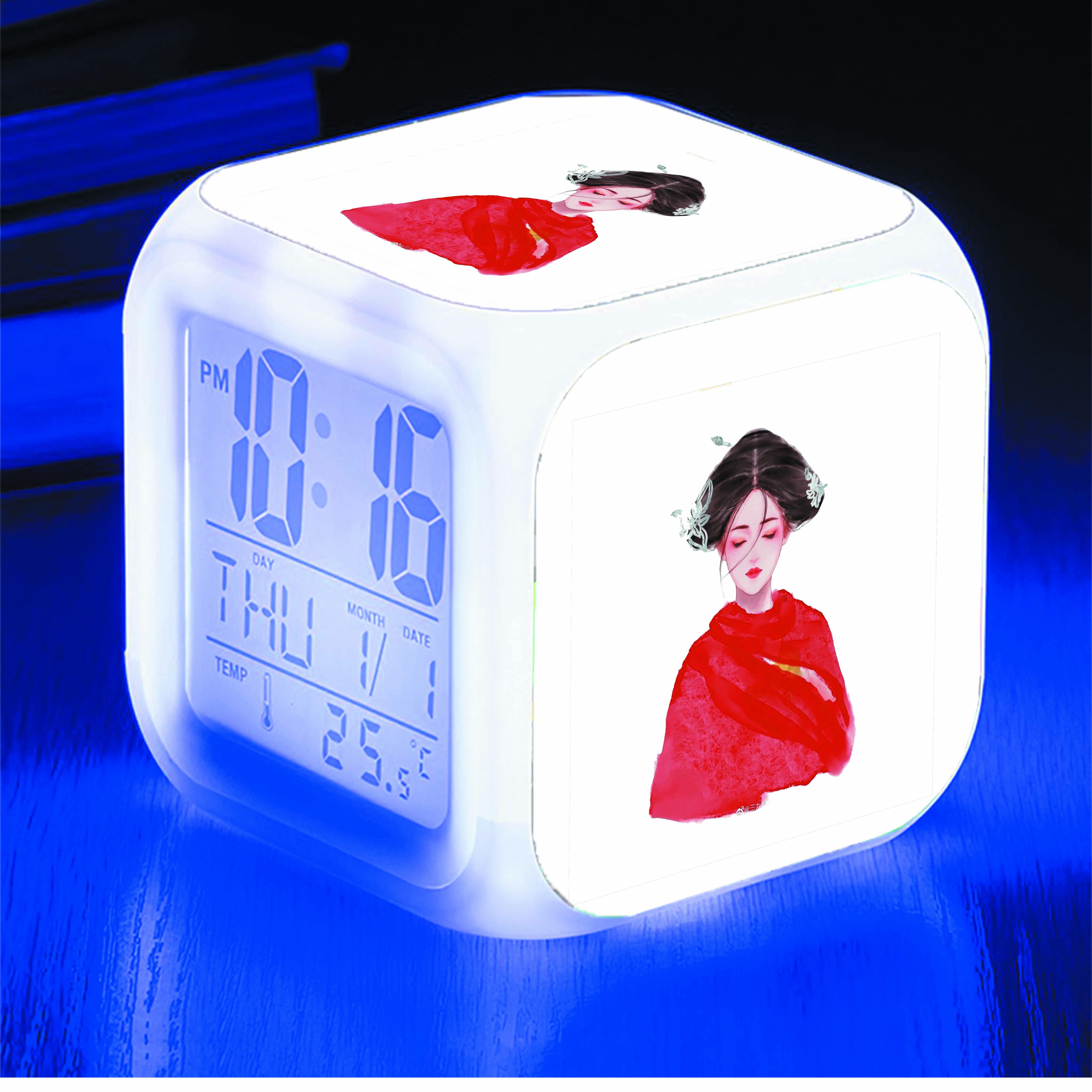 Đồng hồ báo thức để bàn IN HÌNH Trần Thiên Thiên Trong Lời Đồn chibi