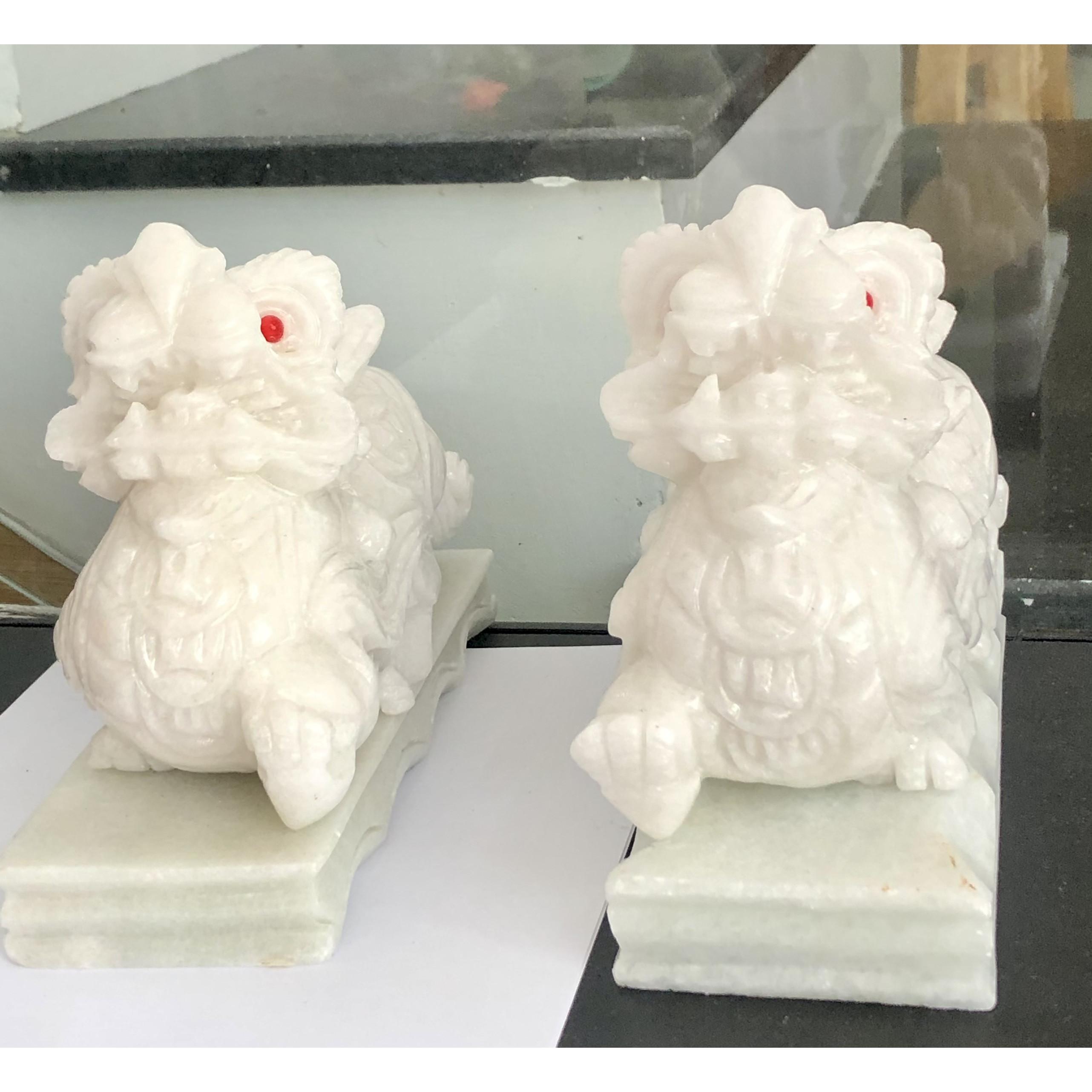 Cặp tỳ hưu đá trắng non nước 20 cm tặng kèm đế