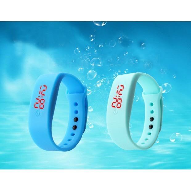 Đồng hồ đèn led unisex chống nước chống xước tốt