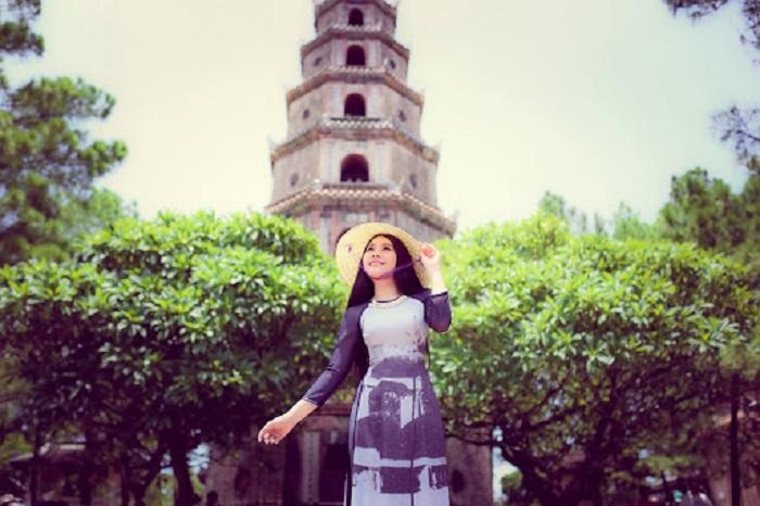 Viếng thăm chùa Thiên Mụ Huế