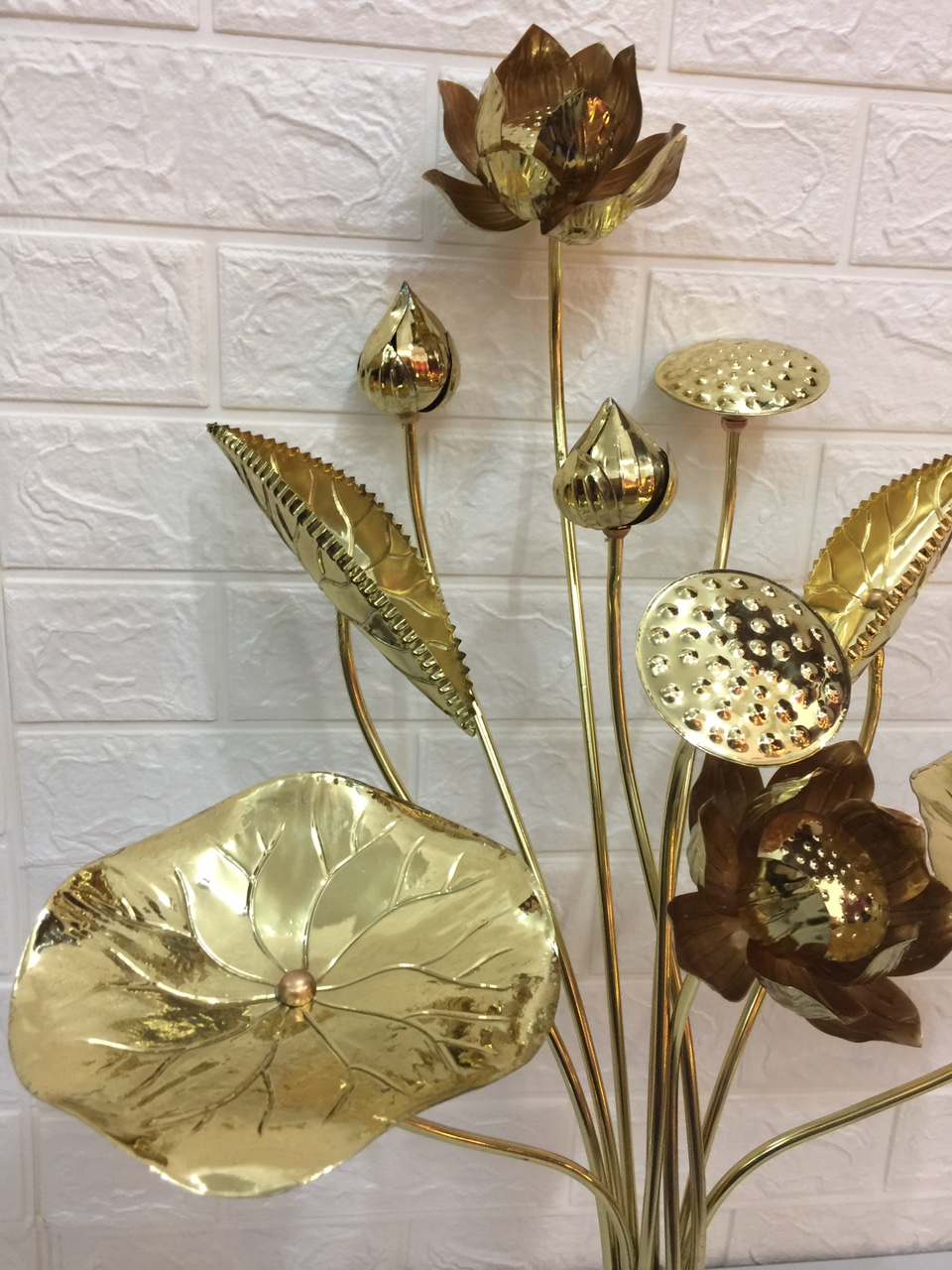 đồ thờ cúng bằng đồng  ( hoa sen đồng)