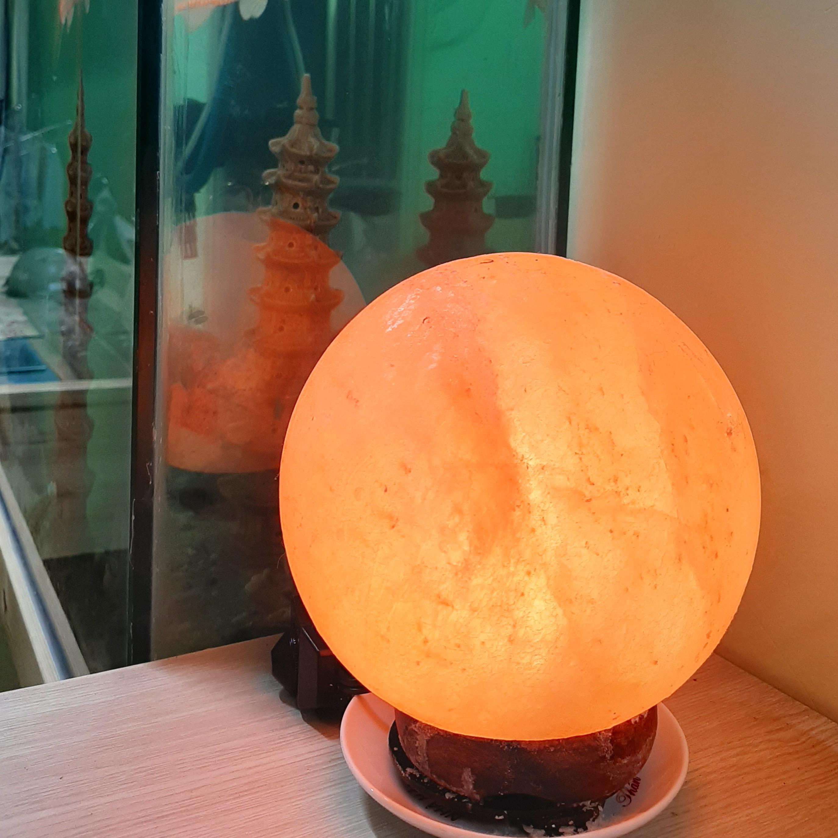 Đèn Đá Muối Himalaya Sài Gòn Hình Kim Tự Tháp - Khối Cầu