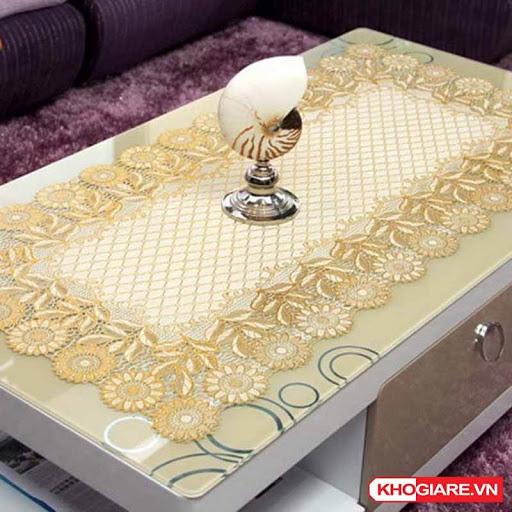 Khăn Trải Bàn Nhũ Vàng Chống Thấm Sang Trọng 60 x 120CM