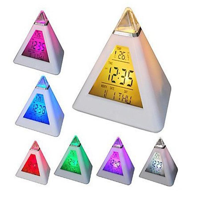 Đồng hồ điện tử hình Kim Tự Tháp để bàn đổi màu (Tặng kèm bộ 6 con bướm dạ quang phát sáng)