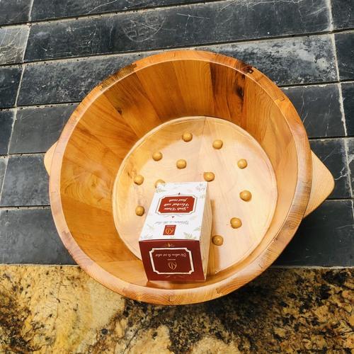 COMBO Chậu ngâm chân gỗ PƠMU có hạt massage CAO 15cm + kèm 01 muối sinh dược 550gr