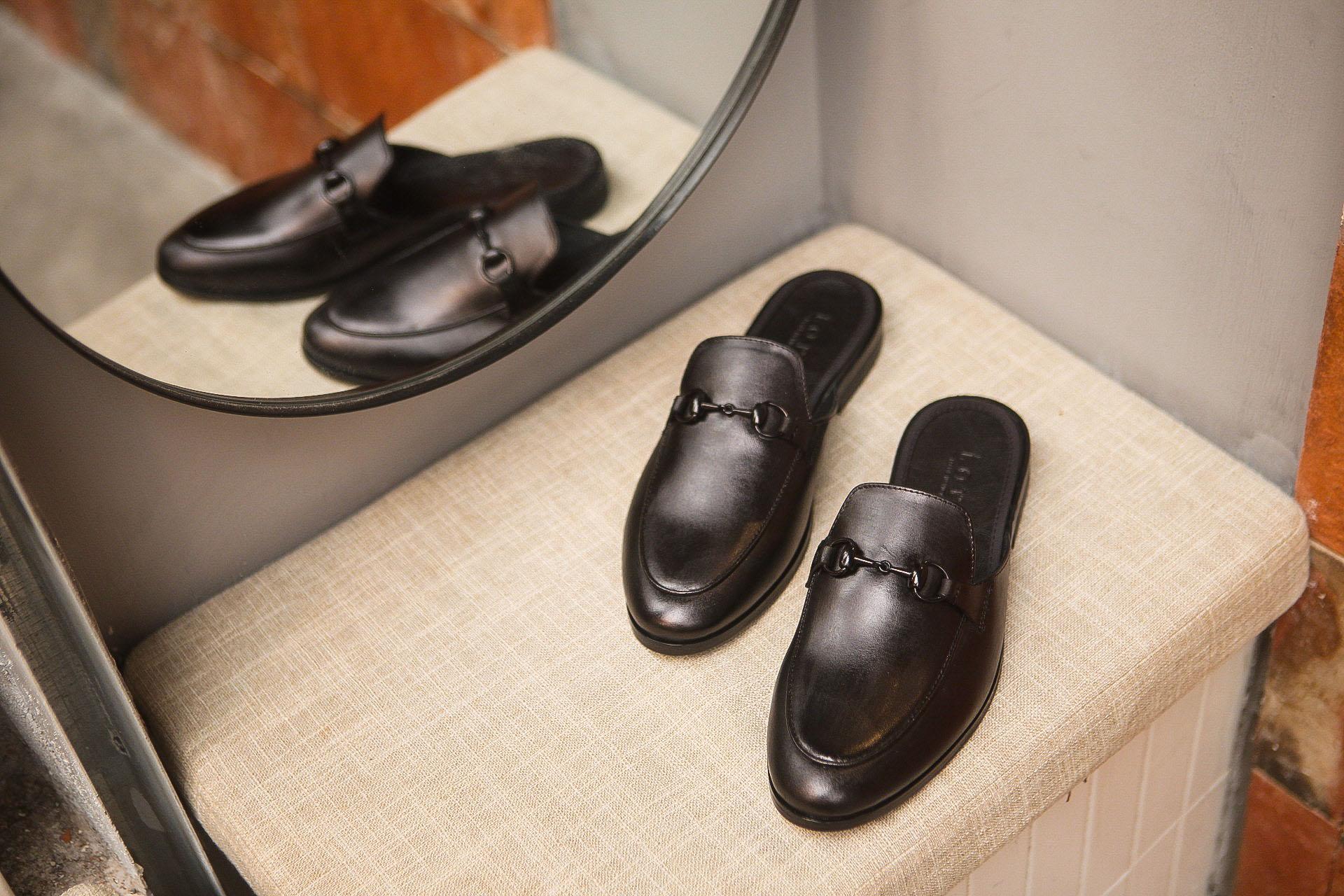 Giày Sục Nam Da Bò Đen Nguyên Tấm Trẻ Trung Cao Cấp Mã M653
