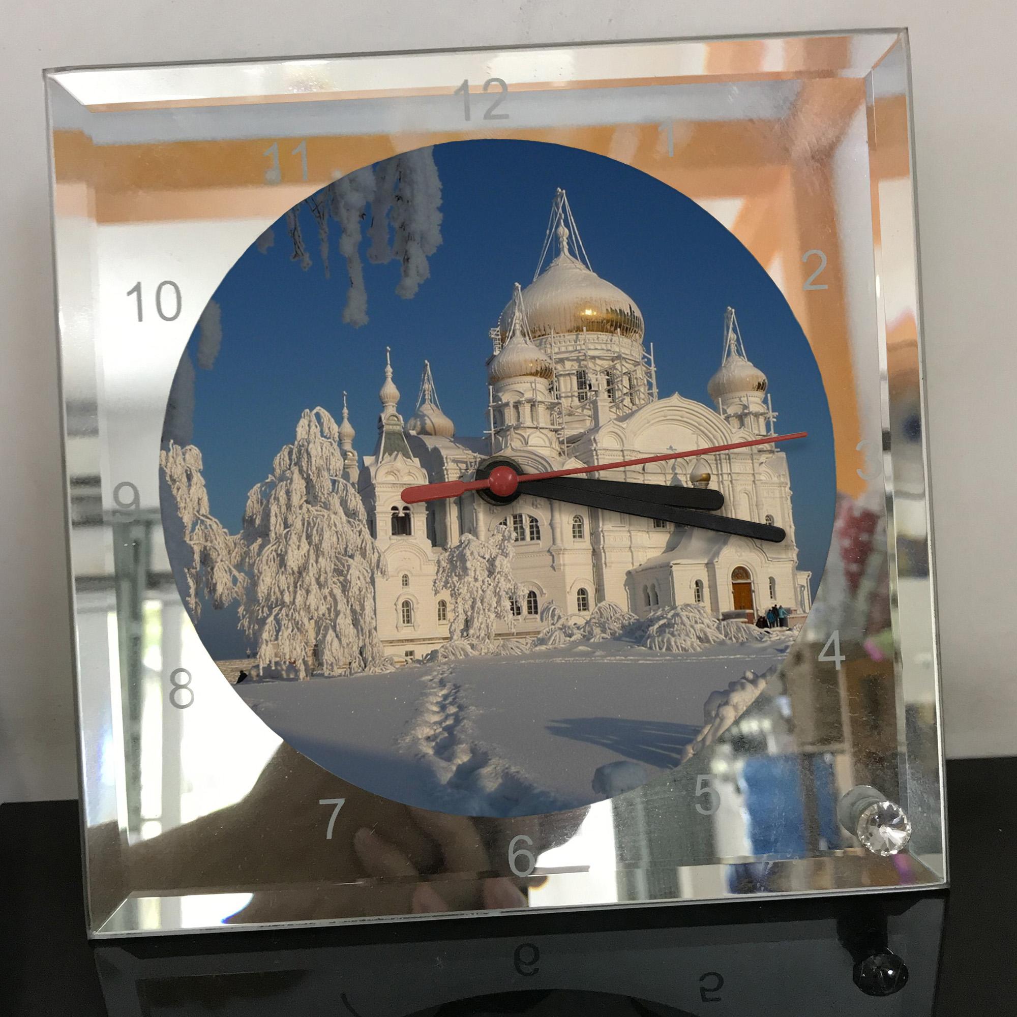 Đồng hồ thủy tinh vuông 20x20 in hình Church - nhà thờ (290) . Đồng hồ thủy tinh để bàn trang trí đẹp chủ đề tôn giáo