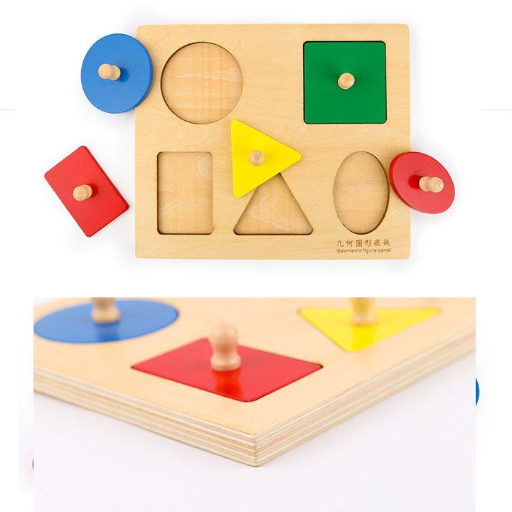Bảng 5 hình học có  núm  hình chữ nhật Giáo cụ Montessori