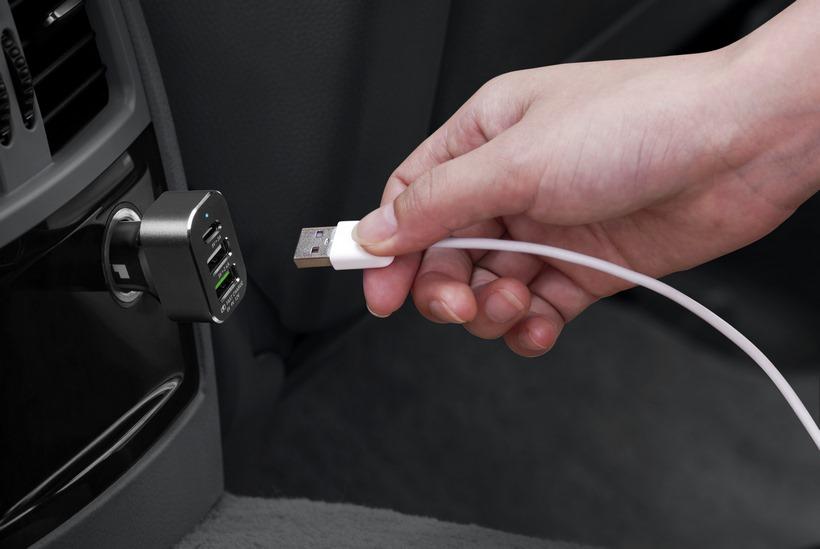 Sạc xe hơi USB Car Charger LAUT Powerdash 7.8 - Hàng chính hãng