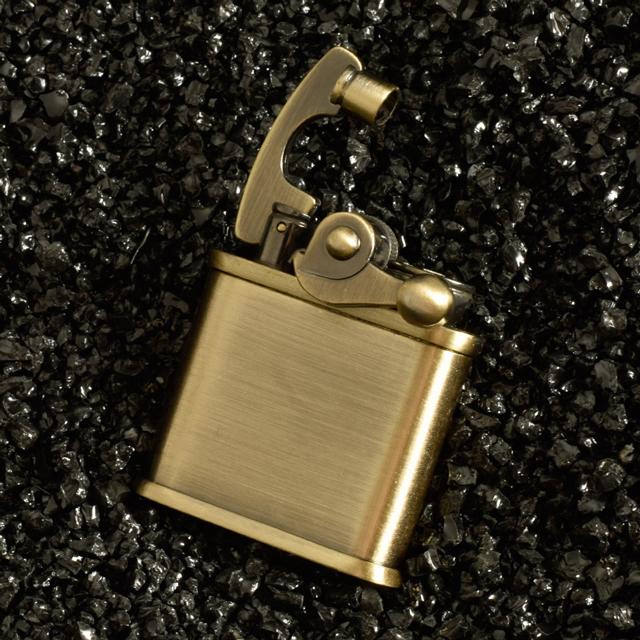 Hộp Quẹt Bật Lửa Xăng Đá HY693 Kiểu Dáng Cổ Điển Sang Trọng Cao Cấp