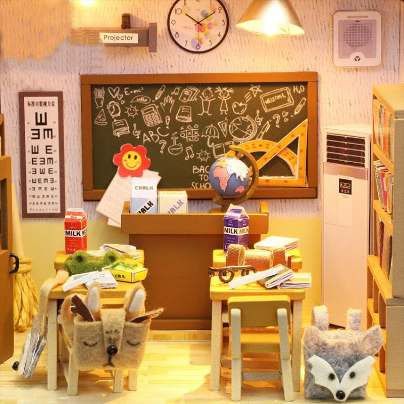 Mô hình nhà DIY Doll House Lớp học Class 1 Kèm Đèn LED và MICA chống bụi