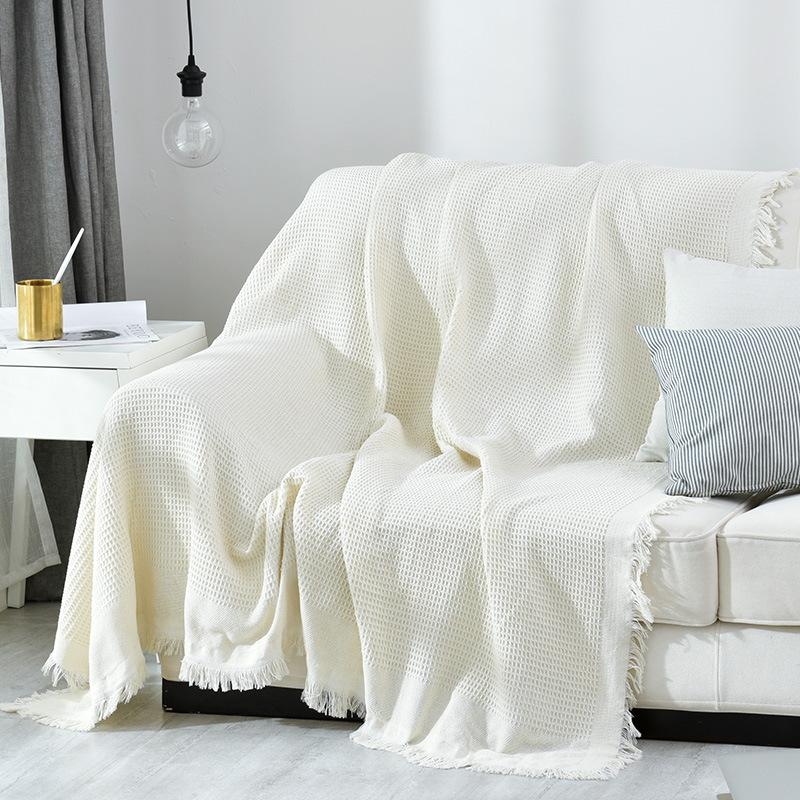 Chăn thảm trang trí phủ ghế sofa đan len tua rua màu trắng tổ ong