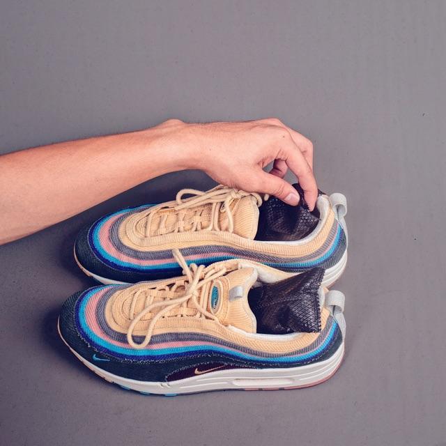 Túi Hút Ẩm - Khử Mùi Hôi - Khử Nấm Mốc - Kháng Khuẩn - Dành Cho Giày Sneaker Bằng Than Tre Hoạt Tính  - Enito Freshener - Hàng Chính Hãng