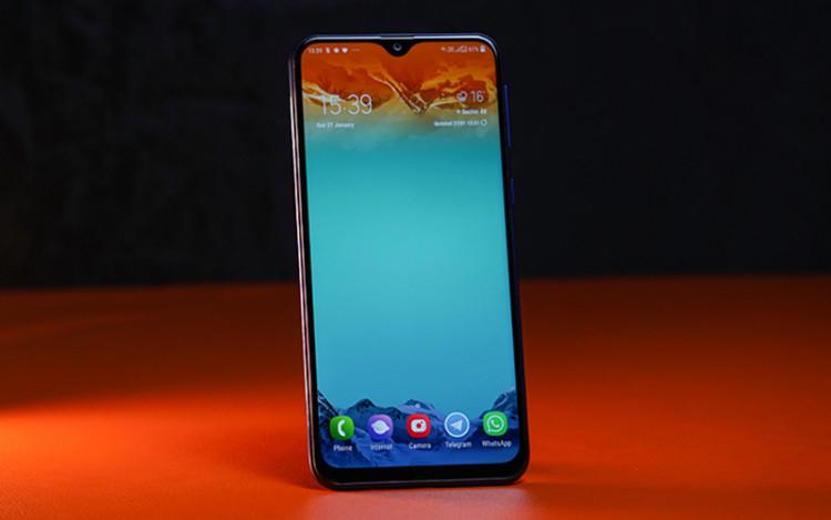 Màn hình của điện thoại Samsung Galaxy M20