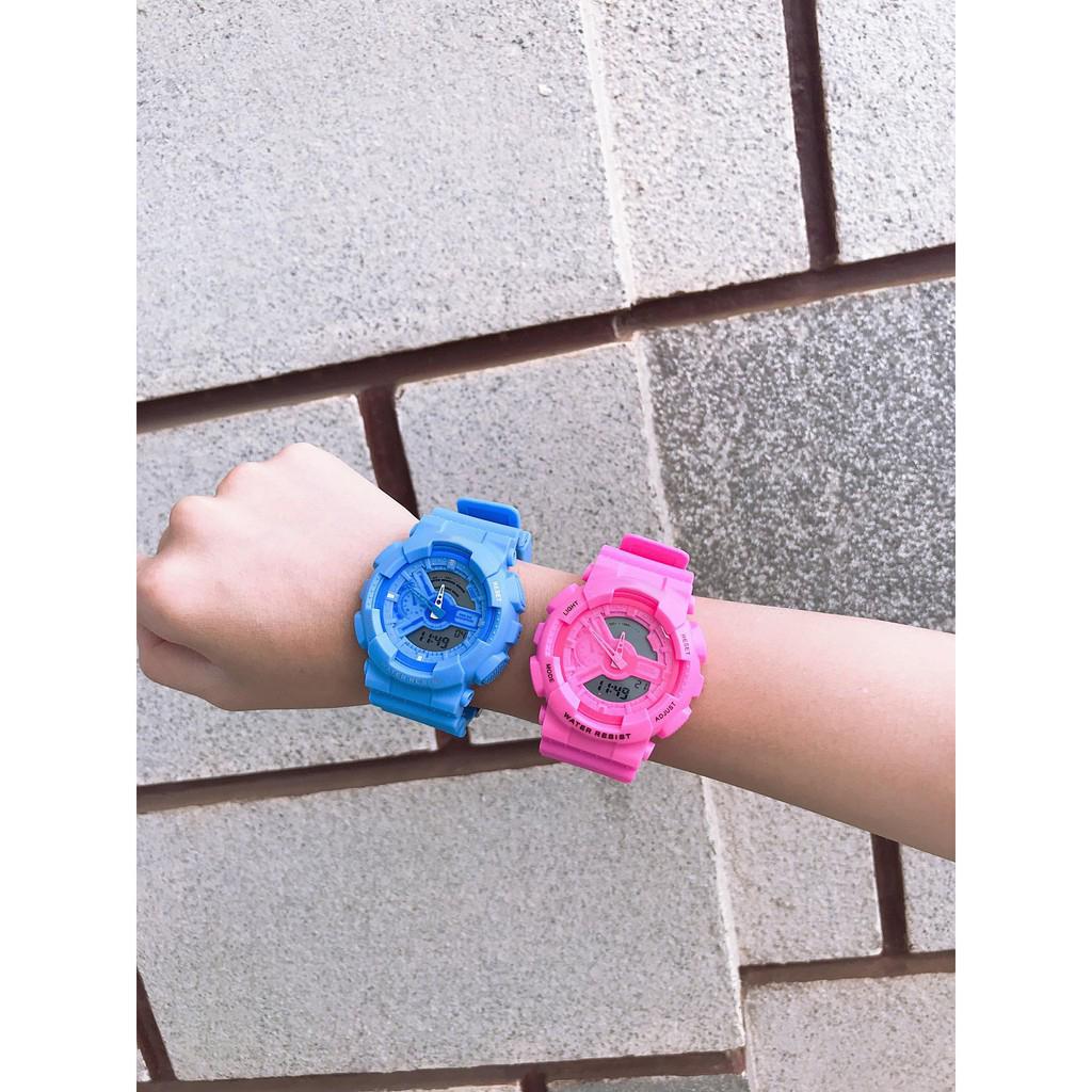 Đồng hồ thời trang nam nữ Sport Watch chạy kim và điện tử cực chất K5590 - Trắng Viền Xanh