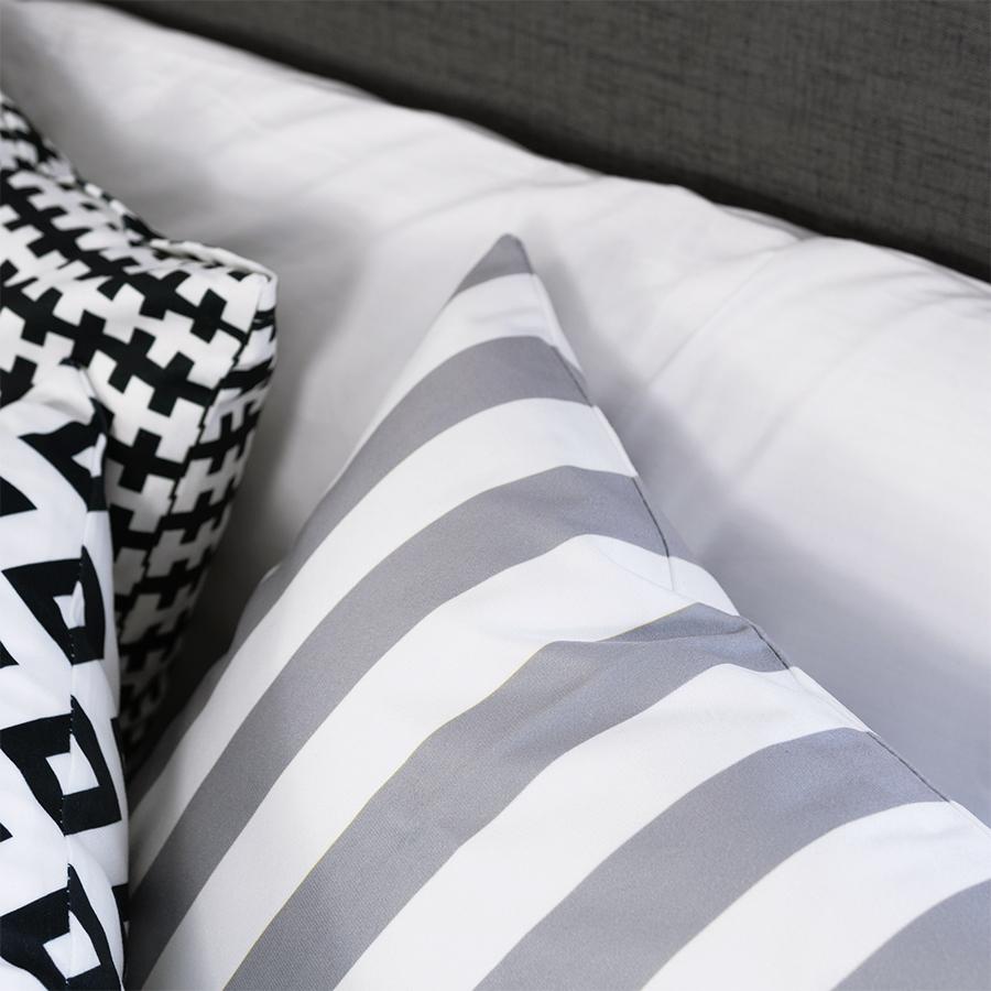 Gối Vuông Trang Trí Sofa Đơn Giản Make My Home Bohiem