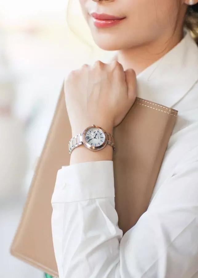 Đồng hồ Nữ Casio Sheen day kim loại SHE-3050SG-7AUDR