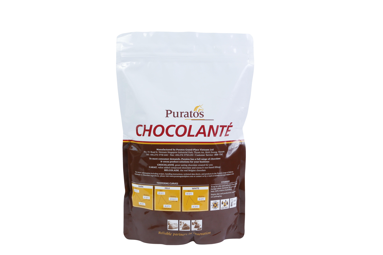 Bột sô cô la nguyên chất không đường-Puratos Grand-Place-411617 có hương vị sô cô la nguyên chất thơm ngon, tuyệt hảo với hàm lượng béo cao từ 22-24% dùng để trang trí lên bánh, pha nước uống, dùng làm nguyên liệu trong bánh mì, bánh ngọt, kem.