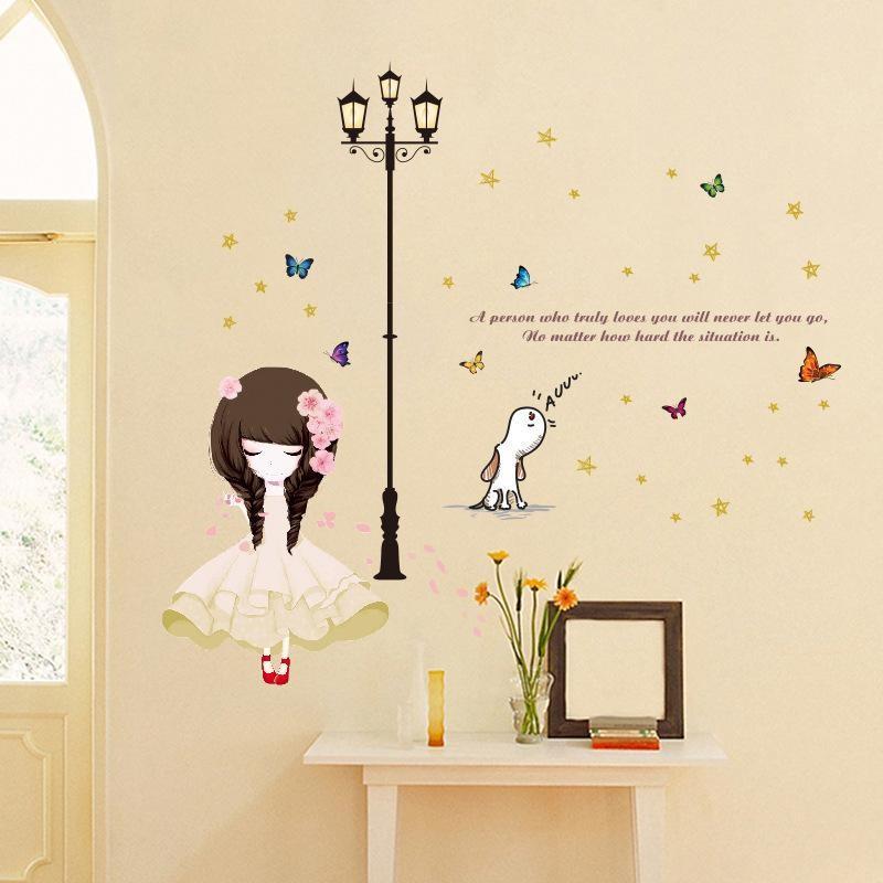 Decal dán tường cho bé hình cô gái A person