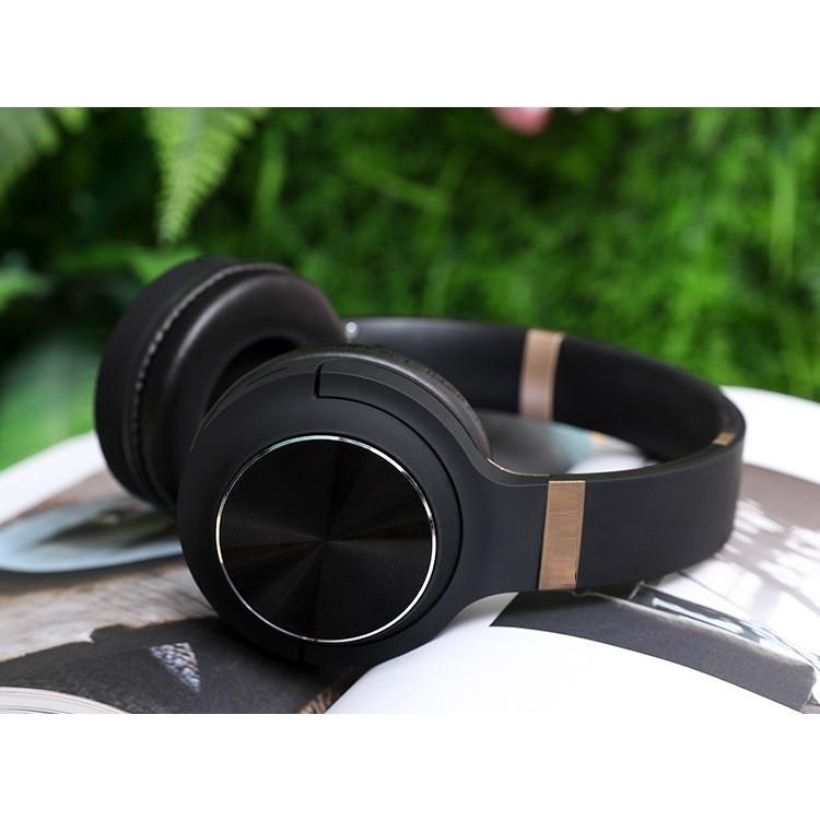 Tai Nghe Chụp Tai Bluetooth 800 Hỗ trợ đầu vào cáp Âm Thanh 3.5mm, có khe cắm Thẻ Nhớ và Đài FM - Hàng Nhập Khẩu