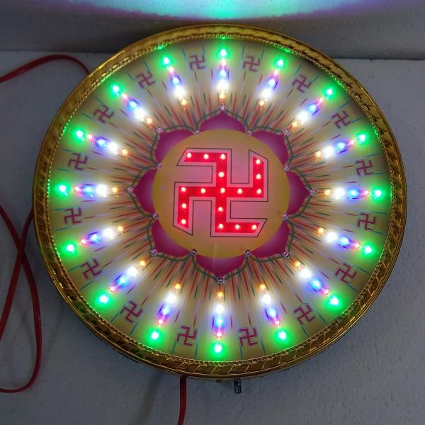 Đèn hào quang 3 tấc tâm chữ vạn viền mạ màu vàng mặt kính nhiều kiểu đèn chiếu