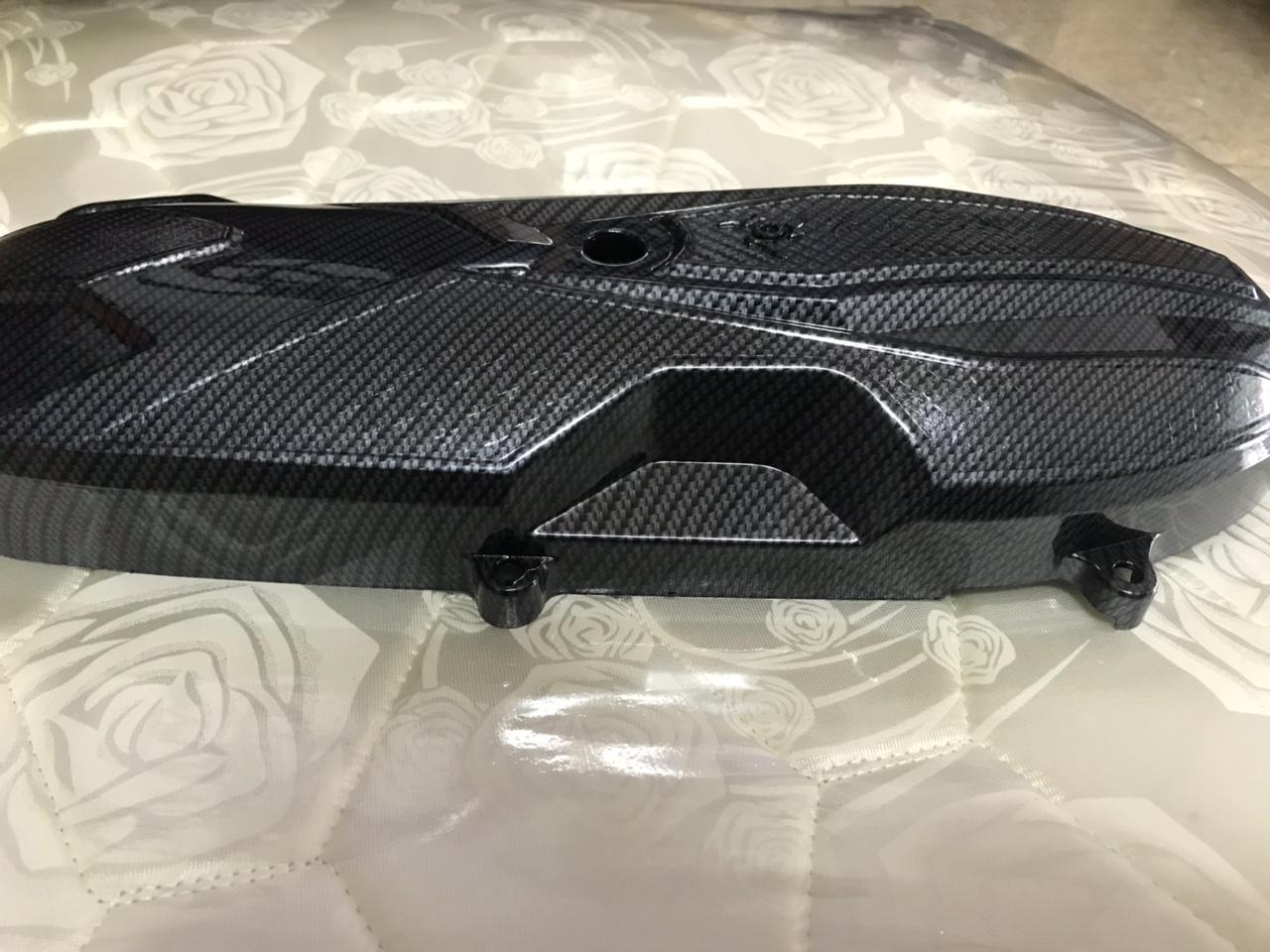 Ốp Lốc máy sơn carbon gắn Xe Vario,Airblade,PCX Hoáng Long