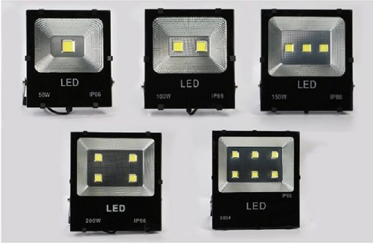 Bộ 10 đèn Led pha COB 100W