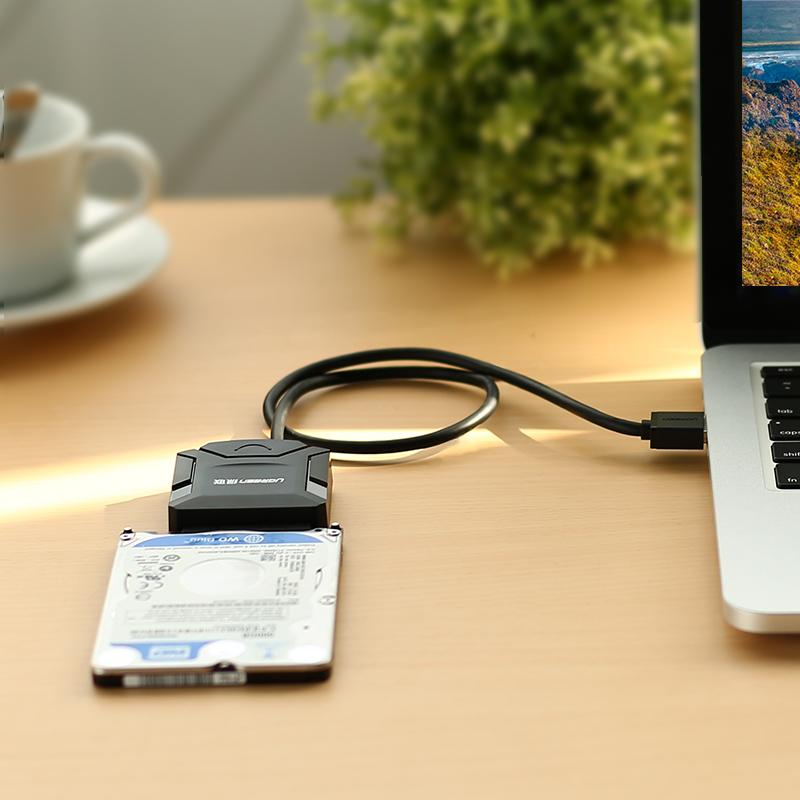 Dây Cáp Chuyển Đổi Ugreen CR108 20611 USB 3.0 Sang SATA Nguồn 12V-2A 0.5m - Hàng chính hãng